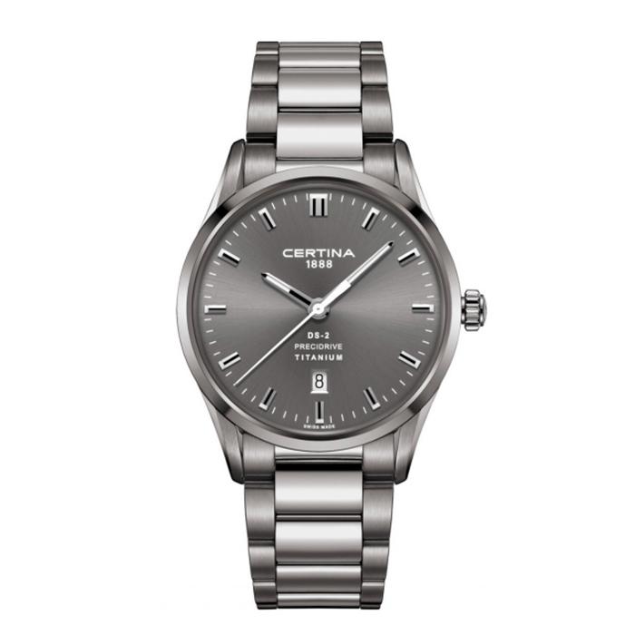 Часы в качестве аксессуара отображают стиль и статус их владельца.